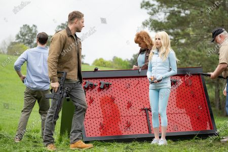 Stock Photo of Ike Barinholz as Staten Island, back to camera, Justin Hartley as Trucker, Kate Nowlin as Big Red, Emma Roberts as Daisy/Yoga Pants and Wayne Duvall as Don