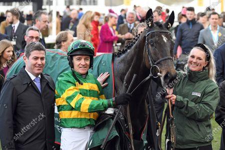 , Cheltenham, Saint Roi with Barry Geraghty after winning the Randox Health County Hurdle at Cheltenham racecourse, GB.