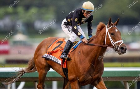 Stock Picture of Ce Ce with Victor Espinoza wins the G1 Beholder Mile at Santa Anita Park in Arcadia, California on Evers/Eclipse Sportswire/CSM