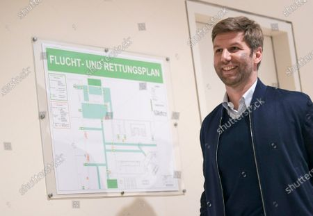 Thomas Hitzlsperger, CEO of VfB Stuttgart , arrives for a general assembly of the German Football League (Deutschen Fußball Liga / DFL) in Frankfurt, Germany 16 March 2020. Representatives of Germany's 36 clubs from the Bundesliga and 2nd Bundesliga are meeting at a Frankfurt airport hotel to decide on measures in the wake of the coronavirus pandemic. So far the DFL has suspended all games up until and including 02 April.