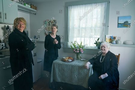 Marceline Hugot as Doreen Burke, Annette O'Toole as Gail Maguire and June Squibb as Susie Gallagher,