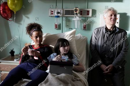 Ashley Aufderheide as Mia Evans, Alexa Swinton as Piper and Clancy Brown as Ed Sawyer