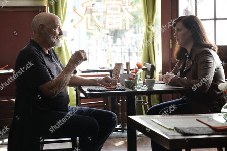 Terry O'Quinn as Richard Kindred and Allison Tolman as Jo Evans