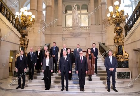 Minister of Cooperation Development, Digital Agenda, Postal services and Finance Alexander De Croo, Belgian Prime Minister Sophie Wilmes, King Philippe, Minister of Justice Koen Geens and Vice-Prime Minister and Minister of Budget, Civil Services and Science David Clarinval pose with all Ministers after the oath ceremony at the Royal Palace