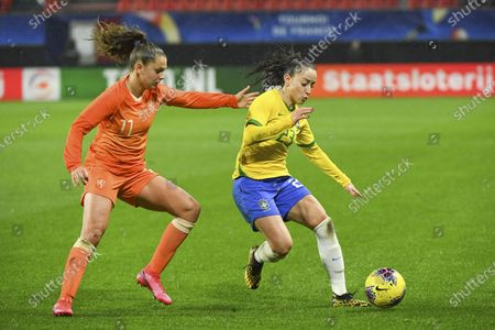 Dutch Lieke Martens (11) and Brazilian Luana (23)