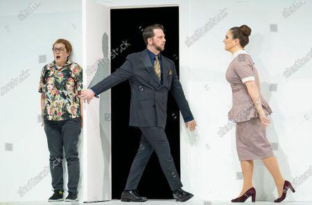 Stock Picture of Hanna Hipp as Cherubino, Johnathan McCullough as Count Almaviva, Louise Alder as Susanna