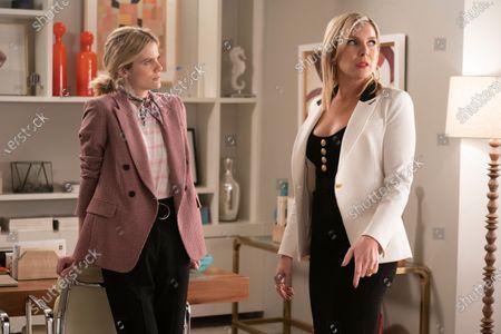 Brooklyn Decker as Mallory Hanson and June Diane Raphael as Brianna Hanson