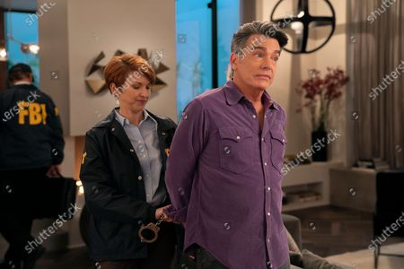 Peter Gallagher as Nick