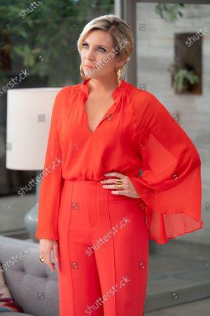 June Diane Raphael as Brianna Hanson