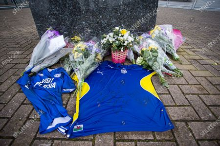 Picture shows floral tributes paid to footballer Peter Whittingham, who has died aged 35 at Cardiff City Stadium this afternoon.