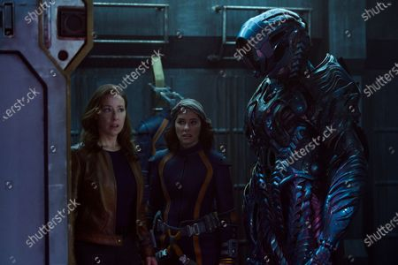 Molly Parker as Maureen Robinson, Parker Posey as June Harris/Dr. Smith and Brian Steele as The Robot