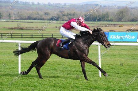 NAAS. WOODFORD GENERAL and Ben Coen winning easily for trainer Kieran Cotter.