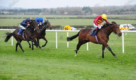 NAAS. NUMERIAN and Declan McDonogh win for trainer Joseph O'Brien with SIR DEAGONET in 2nd.
