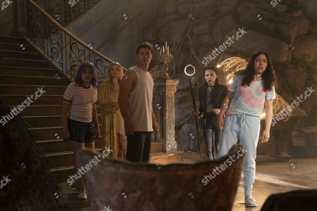 Ariela Barer as Gert Yorkes, Virginia Gardner as Karolina Dean, Gregg Sulkin as Chase Stein, Lyrica Okano as Nico Minoru and Allegra Acosta as Molly Hernandez