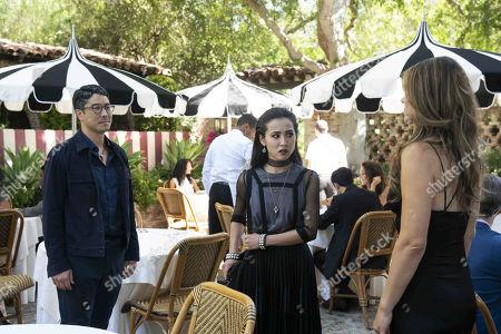 Stock Image of James Yaegashi as Robert Minoru, Lyrica Okano as Nico Minoru and Elizabeth Hurley as Morgan le Fay