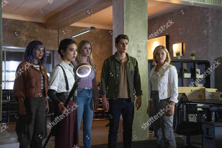 Ariela Barer as Gert Yorkes, Lyrica Okano as Nico Minoru, Virginia Gardner as Karolina Dean, Gregg Sulkin as Chase Stein and Olivia Holt as Tandy Tandy Bowen/Dagger