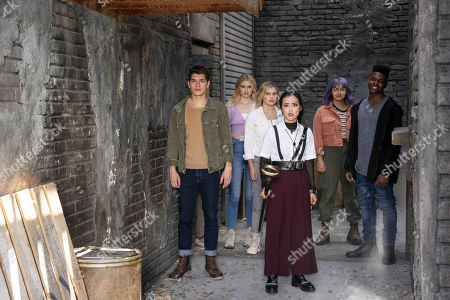 Gregg Sulkin as Chase Stein, Virginia Gardner as Karolina Dean, Olivia Holt as Tandy Bowen/Dagger, Lyrica Okano as Nico Minoru, Ariela Barer as Gert Yorkes and Aubrey Joseph as Tyrone Johnson/Cloak