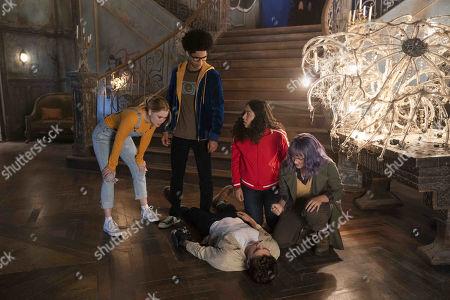 Virginia Gardner as Karolina Dean, Rhenzy Feliz as Alex Wilder, Gregg Sulkin as Chase Stein, Allegra Acosta as Molly Hernandez and Ariela Barer as Gert Yorkes