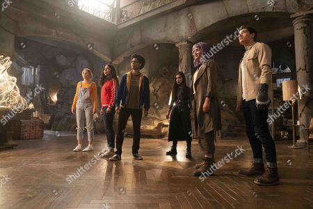 Virginia Gardner as Karolina Dean, Allegra Acosta as Molly Hernandez, Rhenzy Feliz as Alex Wilder, Lyrica Okano as Nico Minoru, Ariela Barer as Gert Yorkes and Gregg Sulkin as Chase Stein
