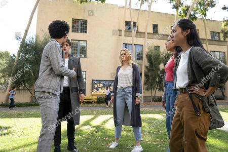 Rhenzy Feliz as Alex Wilder, Gregg Sulkin as Chase Stein, Virginia Gardner as Karolina Dean, Allegra Acosta as Molly Hernandez and Lyrica Okano as Nico Minoru