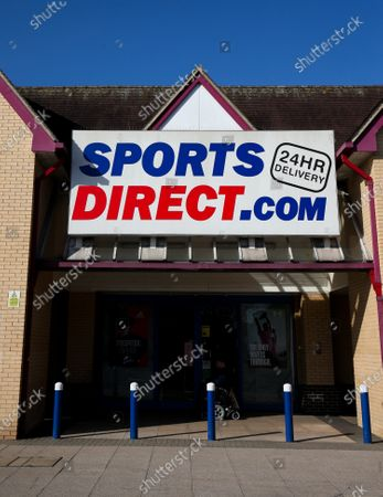 Sports Direct (Sports Direct.com) sportswear store, Isleworth, West London, closed due to Coronavirus Outbreak despite rumours of opening this morning.