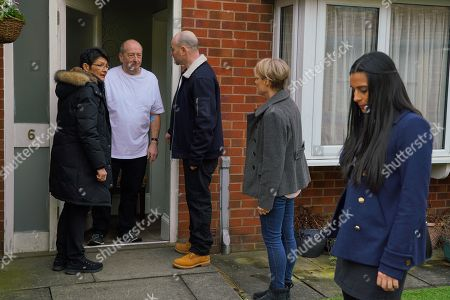Ep 10042 Monday 30th March 2020  Alya Nazir, as played by Sair Khan, quizzes Geoff Metcalfe, as played by Ian Bartholomew, about the hotel but he's evasive. Geoff then fakes a funny turn and clutches his chest. Yasmeen Metcalfe, as played by Shelley King, calls an ambulance but when the paramedics can find nothing wrong with him, Geoff refuses to go in for tests. Alya and Ryan Connor, as played by Ryan Prescott, are suspicious, especially when Yasmeen announces that Geoff is in no fit state to fly to Spain so she's cancelling their trip. Alya's convinced Geoff faked his heart condition to stop Yasmeen from going to Spain but how can she prove it?