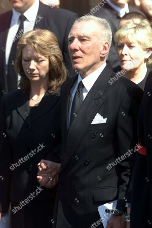 Reggie Kray And Wife Roberta At His Brother Charlie's Funeral At Bethnal Green Church London.