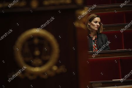 Member of Parliament Elsa Faucillon of the GDR leftist group attends the weekly session of questions to the government at the National Assembly in Paris, France, 31 March 2020.