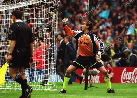 Manchester City goalkeeper, Nicky Weaver, beckons over the rest of the team after saving a Guy Butters penalty to win the shoot-out as the celebrations begin during Manchester City vs Gillingham, Nationwide League Division Two Football at Wembley Stadium on 30th May 1999