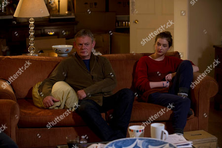 Martin Clunes as Ben and Antonia Clarke as Jess.