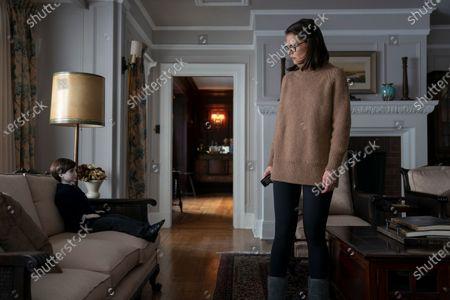 Katie Holmes as Liza