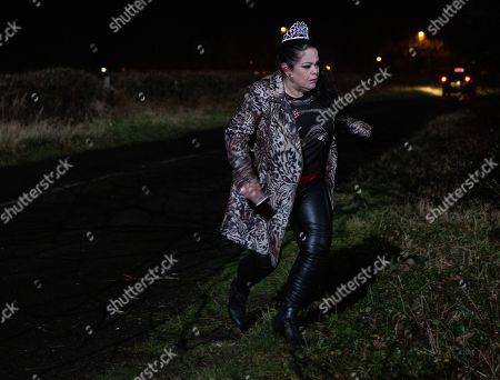 Ep 8776 Monday 13th April 2020 Mandy Dingle, as played by Lisa Riley, decides to whisk Lydia off into town for a night out but soon they are left stranded by their taxi driver on a country road. In the confusion and argument with the driver, Mandy loses Lydia. As she tries looking for her she loses her footing and tumbles into the undergrowth. When she emerges, after some time, Lydia's nowhere to be seen.