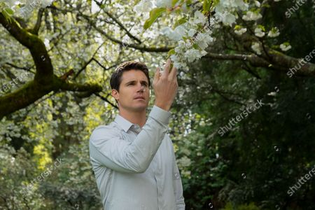 Robbie Amell as Nathan