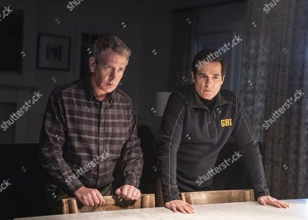 Ben Mendelsohn as Ralph Anderson and Yul Vazquez as Yunis Sablo