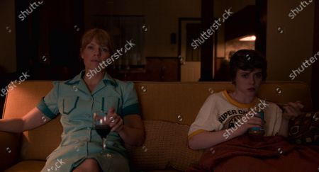Kathleen Rose Perkins as Maggie Novak and Sophia Lillis as Sydney Novak
