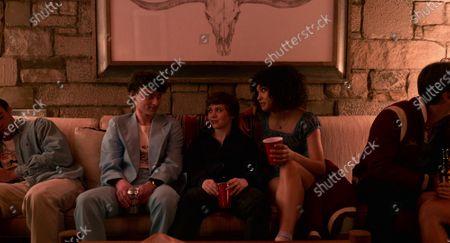 Wyatt Oleff as Stanley Barber, Sophia Lillis as Sydney Novak and Sofia Bryant as Dina