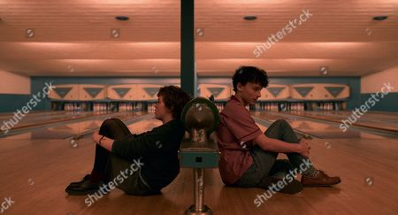 Sophia Lillis as Sydney Novak and Wyatt Oleff as Stanley Barber