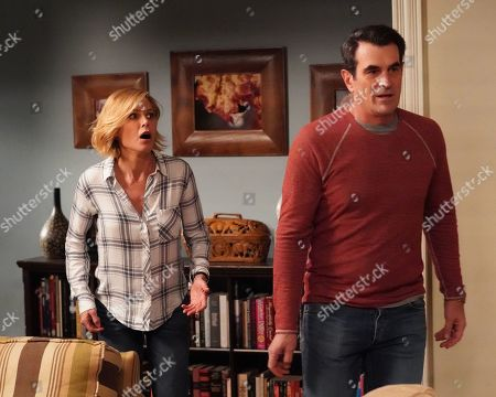 Stock Picture of Julie Bowen as Claire Dunphy and Ty Burrell as Phil Dunphy