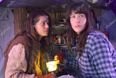Melanie Mosley and Liv Tyler as Michelle Blake
