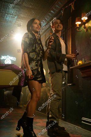 Zoe Kravitz as Robyn 'Rob' Brooks and Thomas Doherty as Liam Shawcross