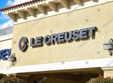 Few customers at the Le Creuset retail stores at the outdoor mall Cabazon Outlets are open but largely empty due to Covid-19 Corona virus in Cabazon, California John Green/CSM