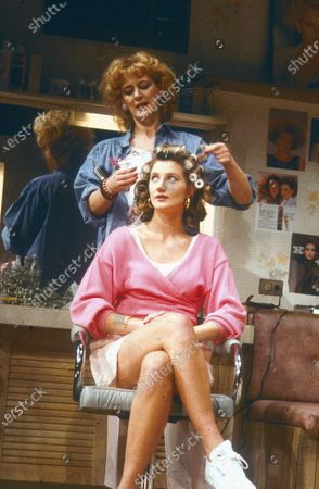 Joely Richardson Maggie Steed