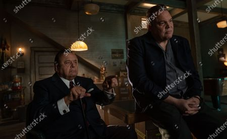 Paul Sorvino as Frank Costello and Vincent D'Onofrio as Vincent 'Chin' Gigante