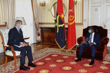 United Nations (UN) Resident Coordinator for Angola, Paolo Balladelli (L) meets with Angola President Joao Lourenco at the presidential palace in Luanda, Angola, 14 April 2020.