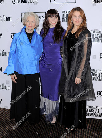 Stock Image of Ellen Burstyn, Bryce Dallas Howard and Jodie Markell