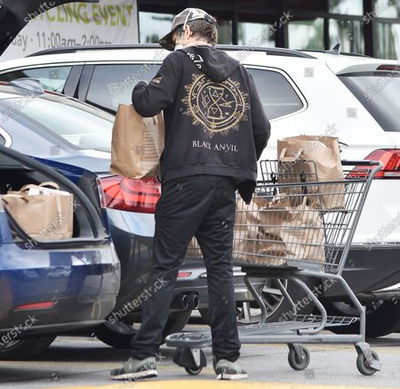 Editorial photo of Kevin Bacon out and about Los Angeles, California, USA - 13 Apr 2020