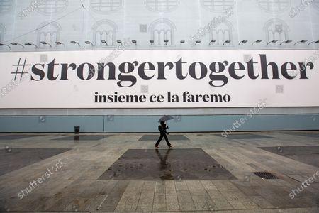 Scenes of everyday life in Milan during the Coronavidua outbreak