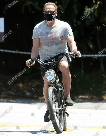 Editorial image of Arnold Schwarzenegger, Katherine Schwarzenegger and Chris Pratt out and about, Los Angeles, California, USA - 26 Apr 2020