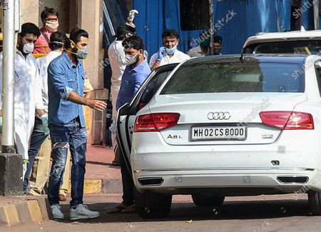 Bollywood actor Ranbir Kapoor (L) leaves after attending the funeral of his father Rishi Kapoor, in Mumbai, India, 30 April 2020. According to media reports, Kapoor died at a hospital in Mumbai on 30 April. He was diagnosed with cancer in 2018. The news broke just one day after another Bollywood actor, Irrfan Khan, had passed away.