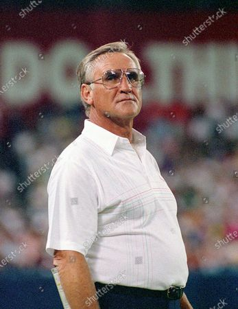 Stock Picture of Miami Dolphins head coach Don Shula during the preseason game against the Washington Redskins at RFK Stadium in Washington, DC. The Redskins won the game 35 - 21.